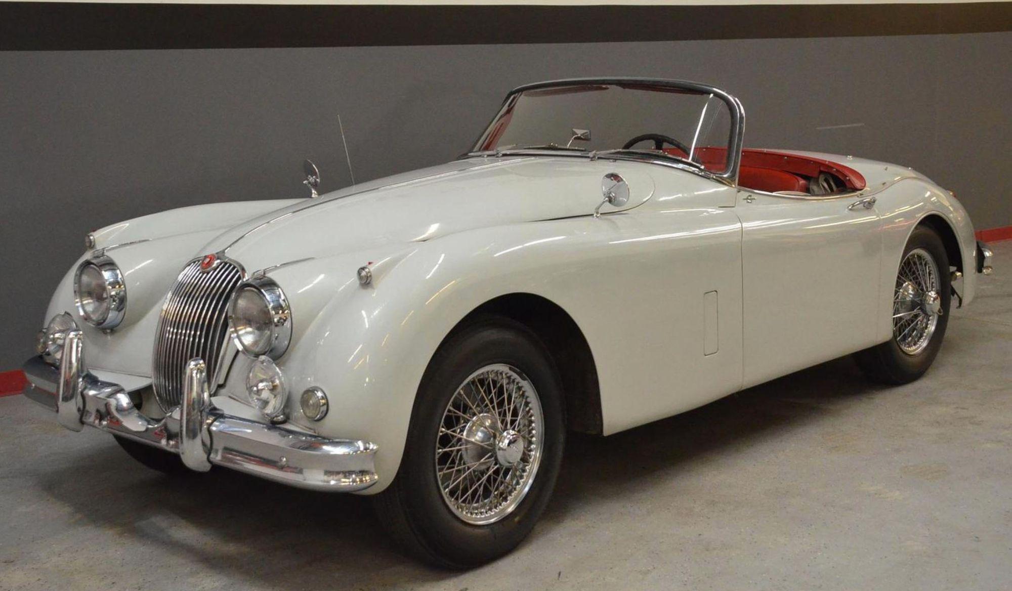 "<img src=""1959-jaguar-xk150-s.jpg"" alt=""A pristine 1959 Jaguar XK150 S up for bids with all proceeds going to chartity"">"