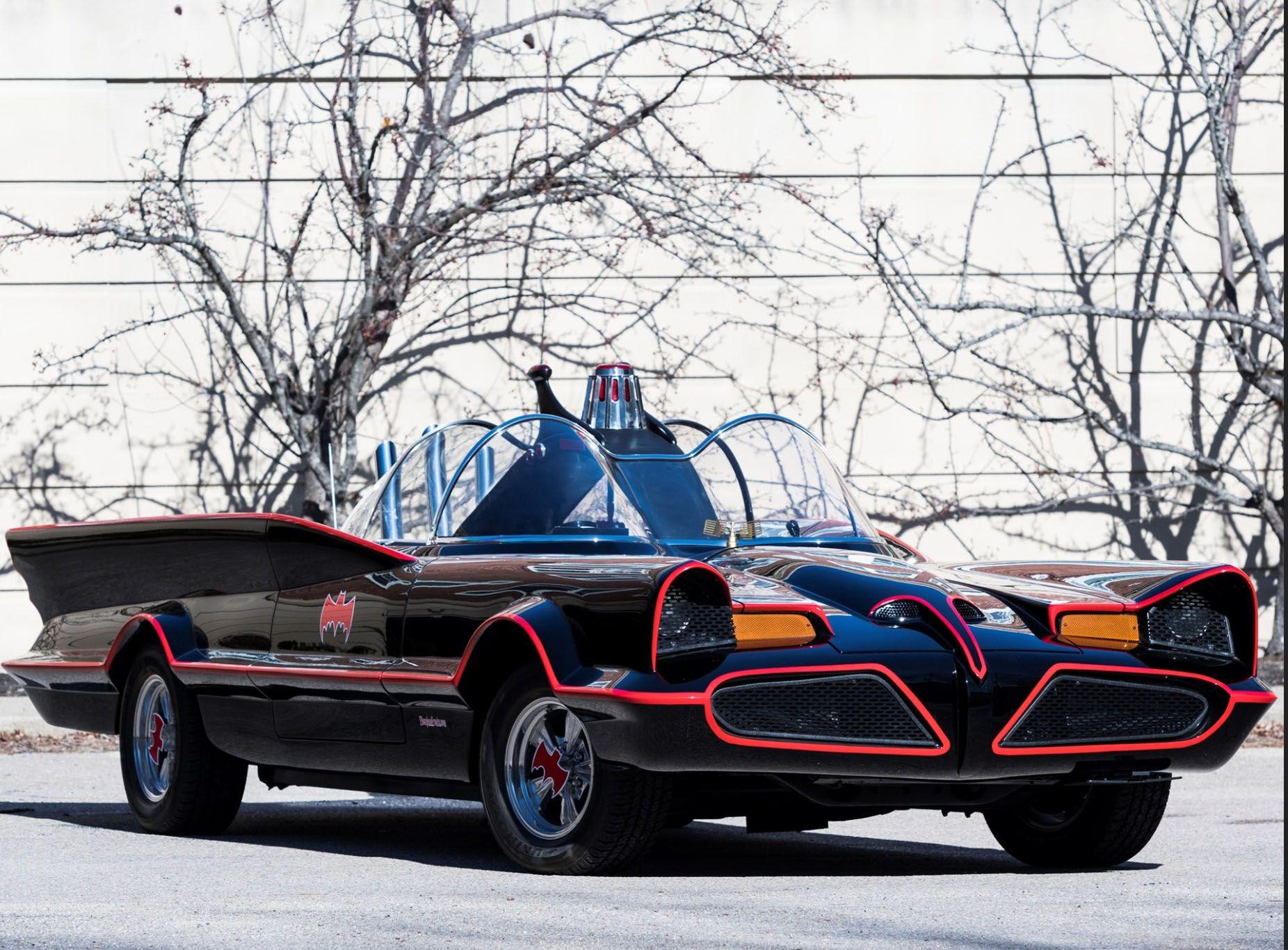 """<img src=""""1966-batmobile-front-three-quarters.jpg"""" alt=""""A 1966 Batmobile replica up for bids"""">"""