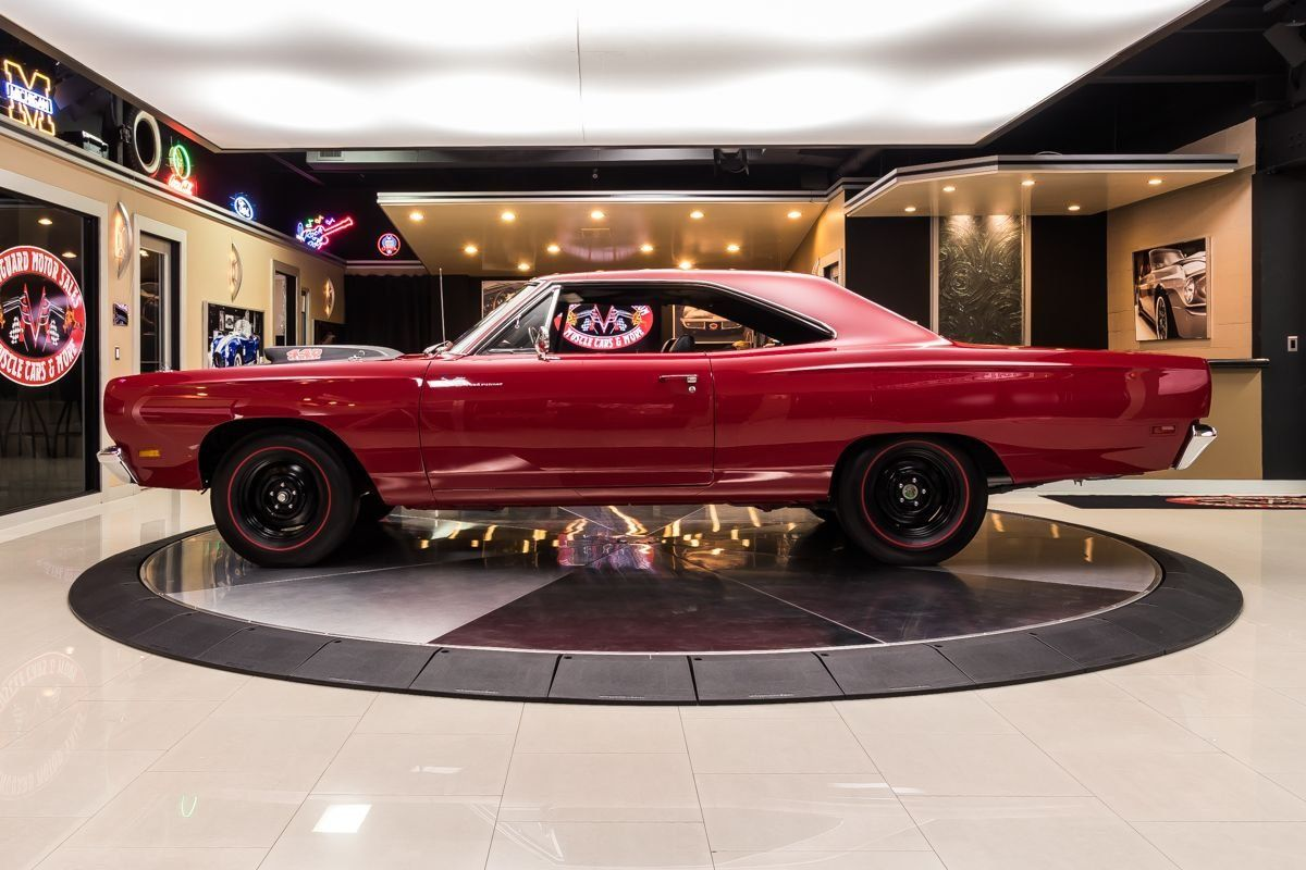 Be The Mopar Hero In This 1969 Plymouth Road Runner