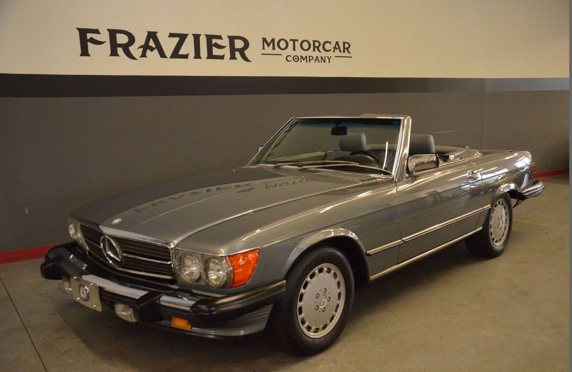 """<img src=""""1988-mercedes-benz-560sl.jpg"""" alt=""""Exterior of a 1988 Mercedes-Benz 560SL"""">"""