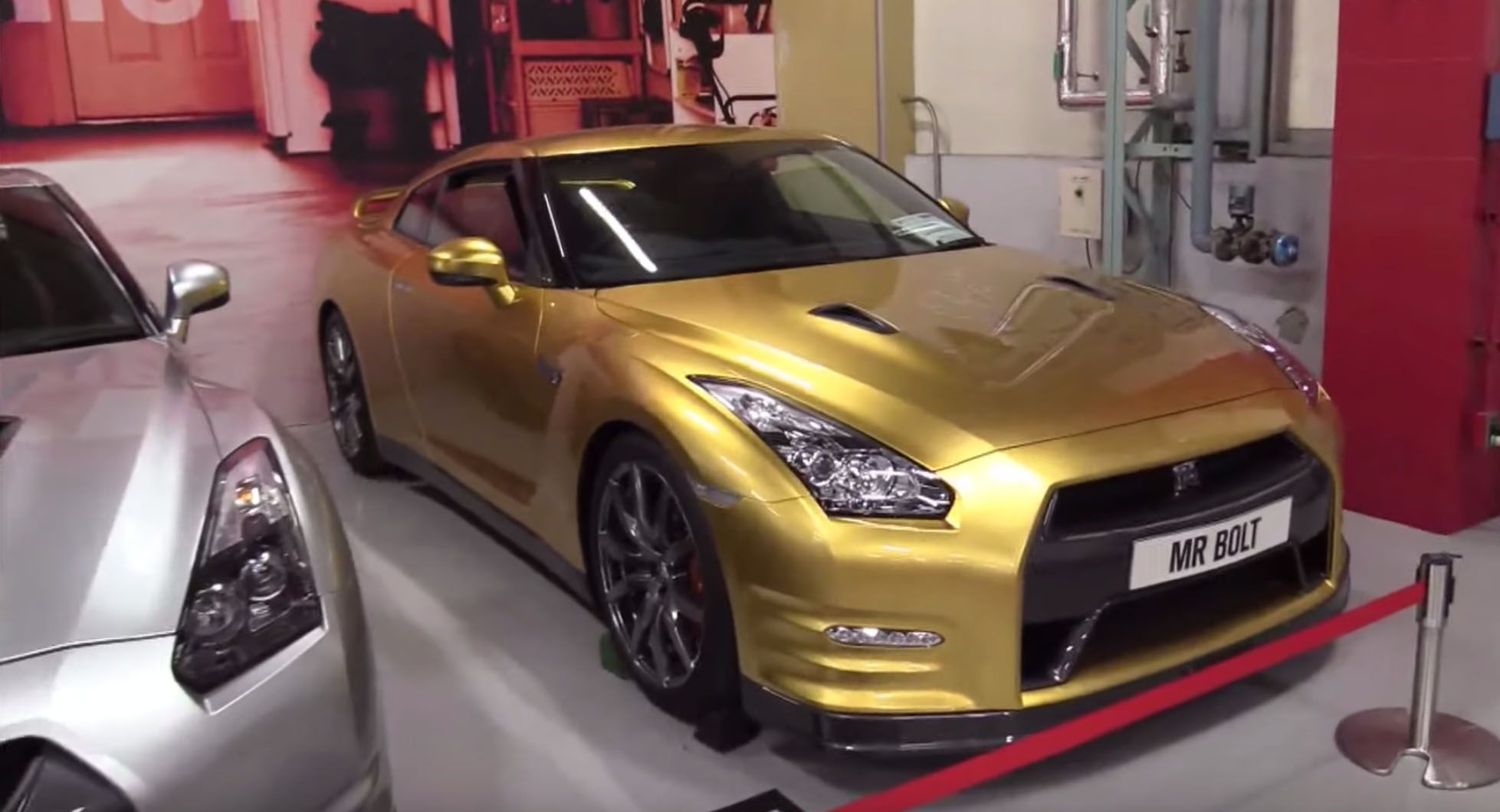 "<img src=""heritage-collection.jpg"" alt=""Nissan GT-R inside the heritage collection in Japan"">"
