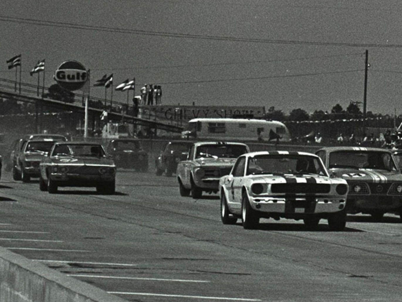 "<img src=""trans-am-sebring.jpg"" alt=""Trans-Am Series Racing at Sebring in 1966 "">"