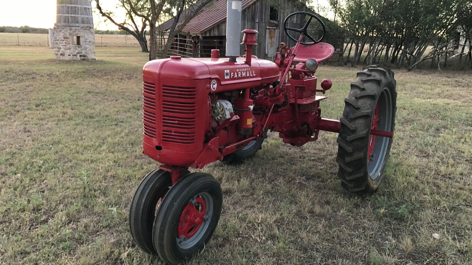 Add Variety To Your Collection With This 1952 International Harvester Super C