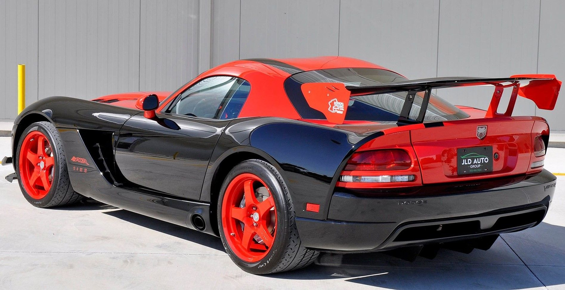 Invest In This 2010 Dodge Viper ACR 1:33 Edition