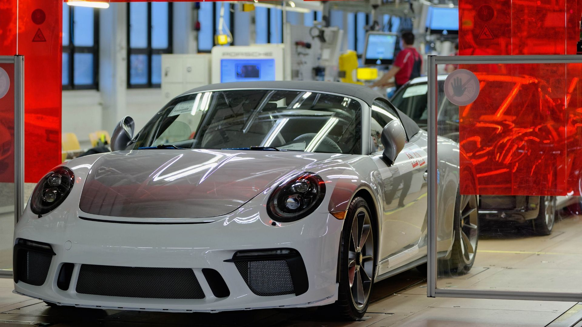Auctioned Porsche 991 Generates $1 Million For US COVID-19 Relief
