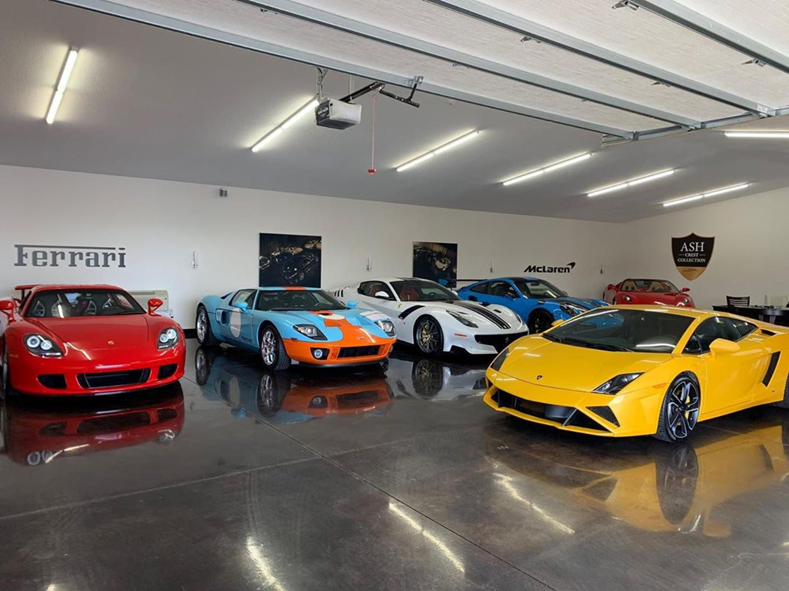 """<img src=""""ash-crest-car-collection.jpg"""" alt=""""Cars from the Ash Crest Collection to be sold to help coronavirus victims"""">"""