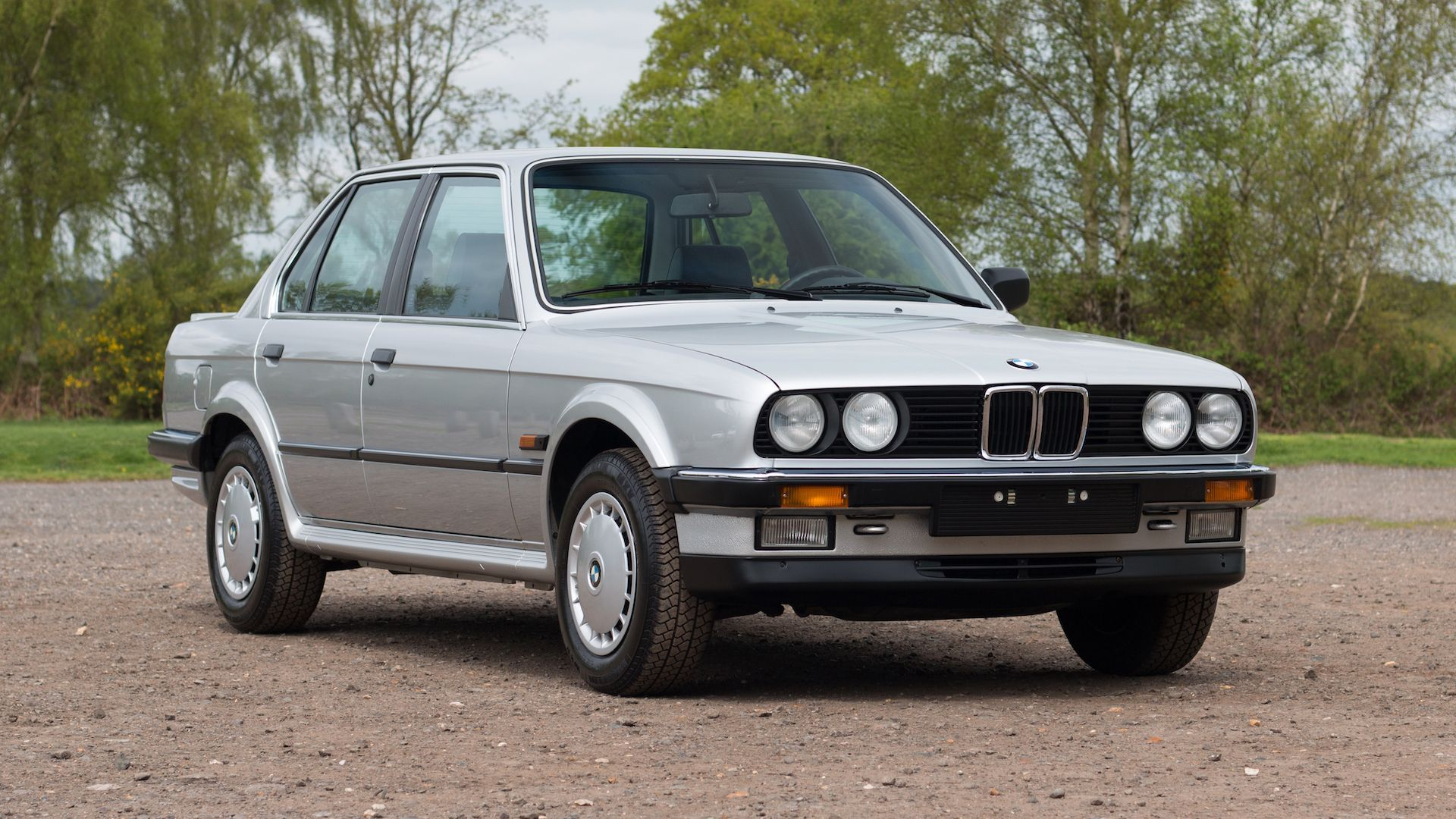 Dealer Selling 1986 BMW 325iX With 325 Miles