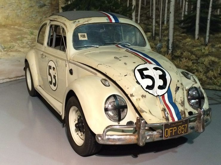 """<img src=""""movie-herbie-vw-beetle.jpg"""" alt=""""A 1963 Volkswagen Beetle - Herbie"""">"""