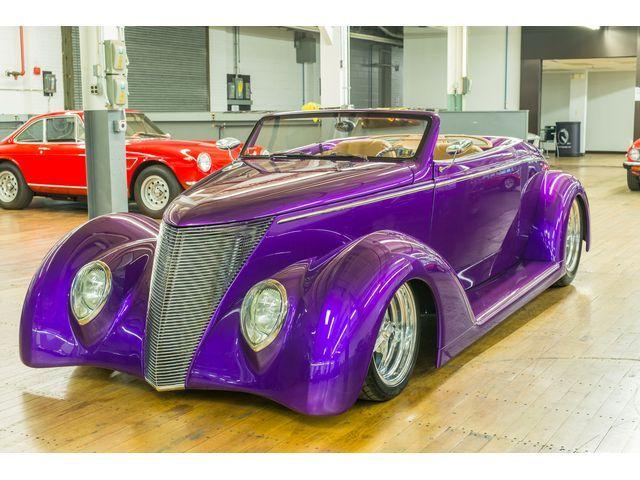"<img src=""1937-ford.jpg"" alt=""A custom 1937 Ford Roadster"">"