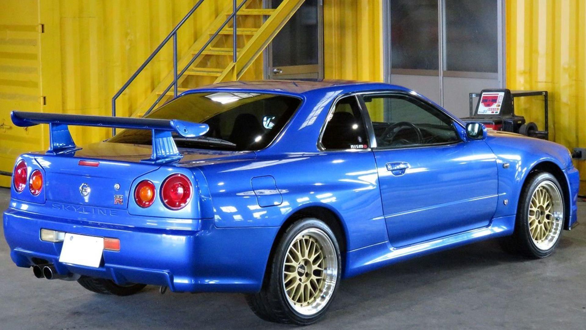 Wrangle Godzilla With This 2001 Nissan Skyline Gt R