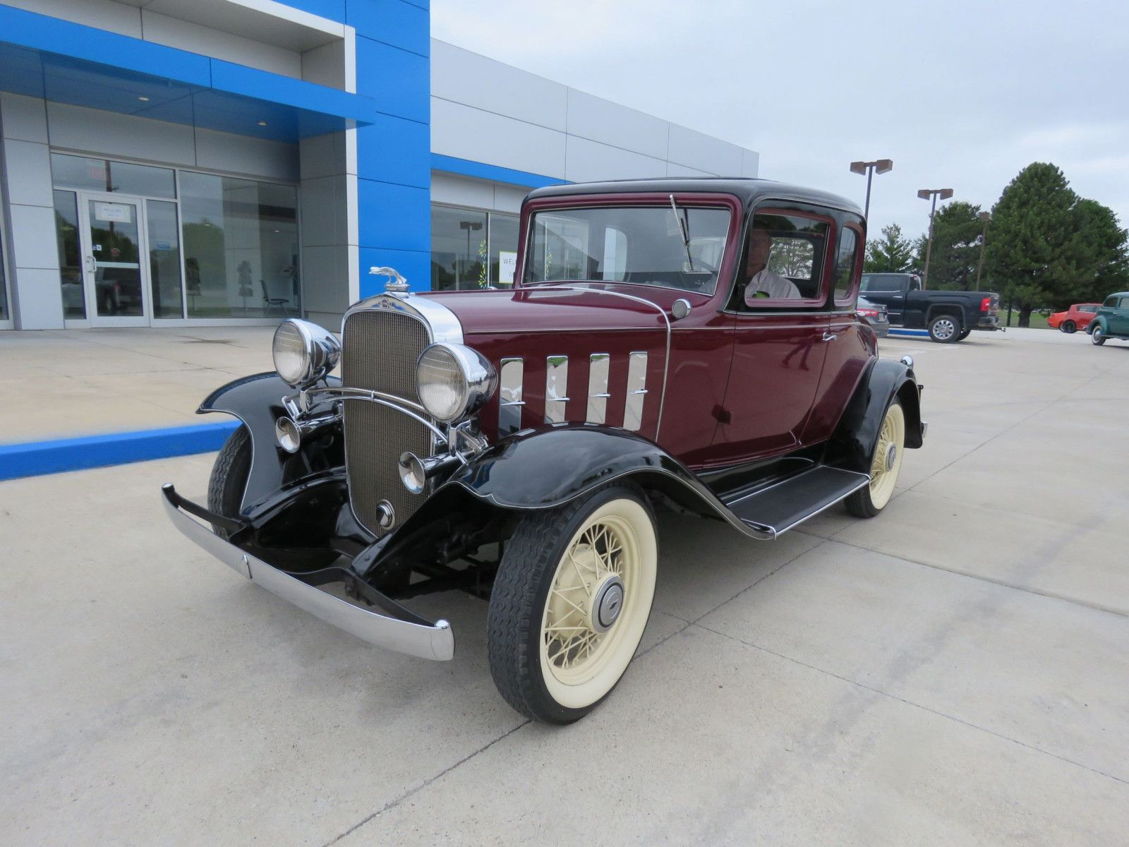 """<img src=""""don-1932-coupe.jpg"""" alt=""""A 1934 Chevrolet Deluxe 5-Window Coupe-Confederate"""">"""