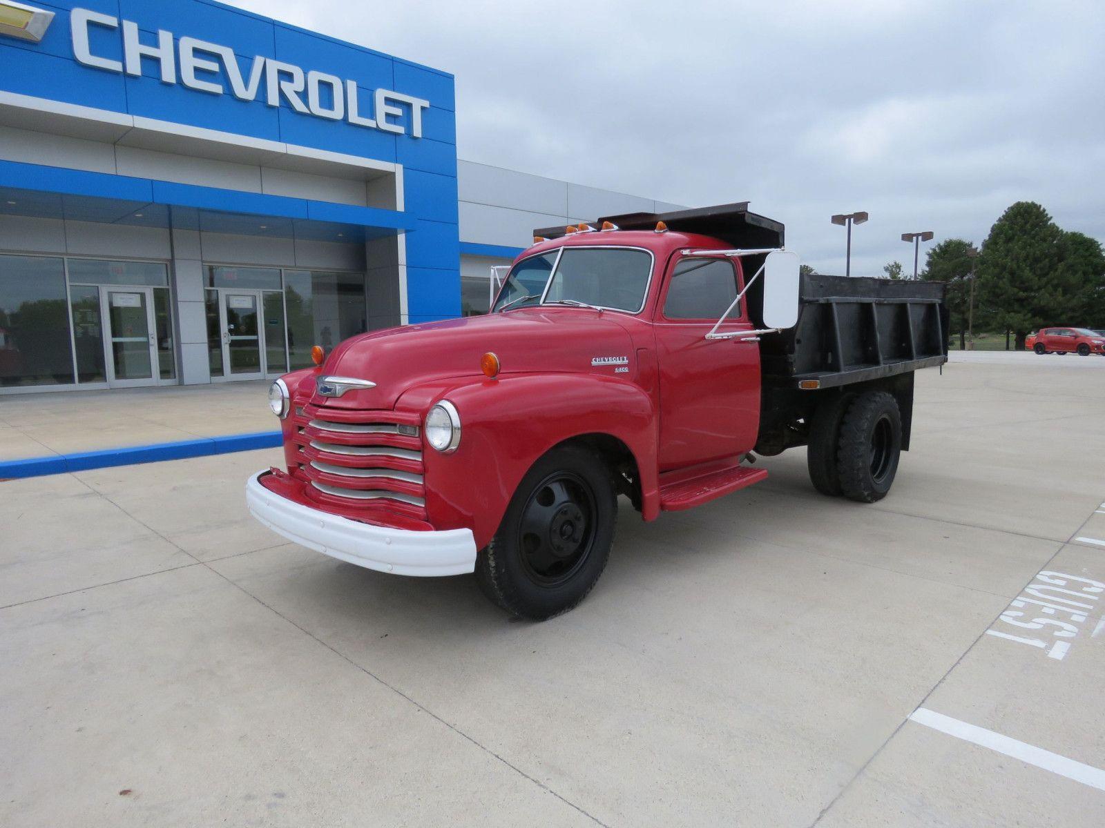 """<img src=""""don-1949-6400.jpg"""" alt=""""A 1949 Chevrolet 6400 Series Short-Wheel-Base Dump Truck"""">"""