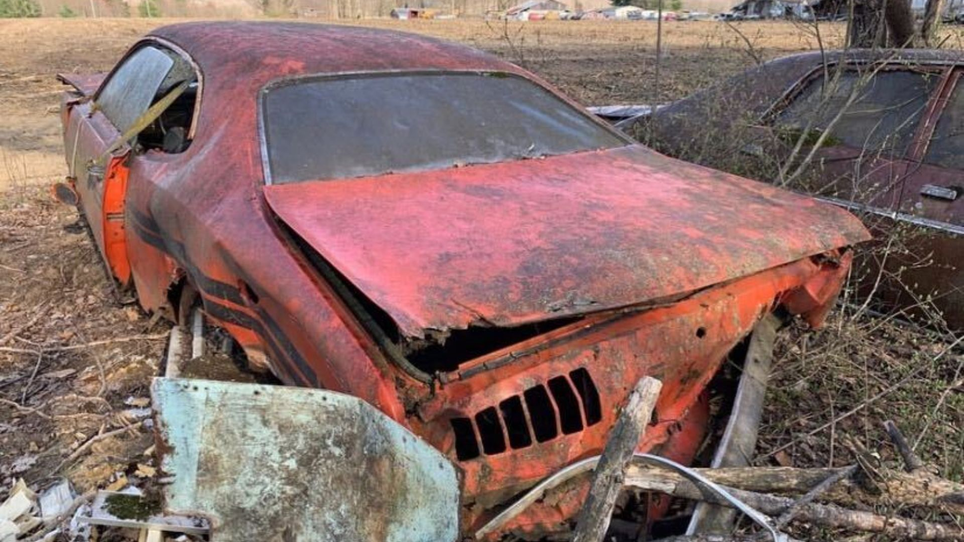 Someone Abandoned This 1971 Dodge Demon Sizzler