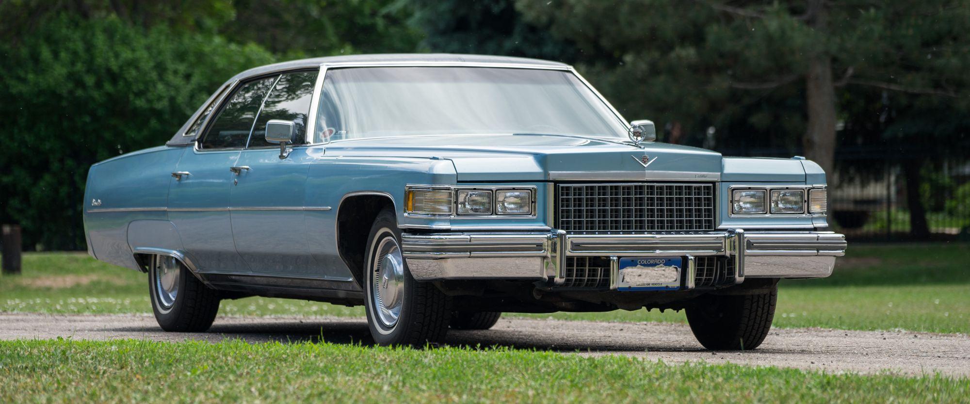 "<img src=""1976-cadillac.jpg"" alt=""A 1976 Cadillac Sedan de Ville"">"