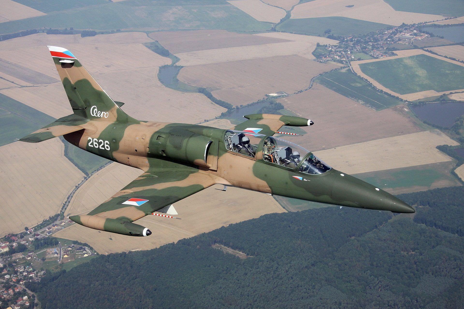 "<img src=""elon-musk-aero.jpg"" alt=""An Aero L-39 Albatros"">"