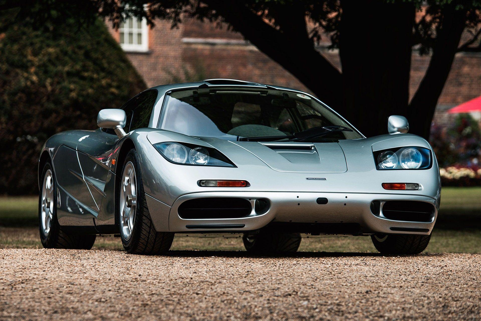 """<img src=""""elon-musk-mclaren.jpg"""" alt=""""A 1997 McLaren F1"""">"""