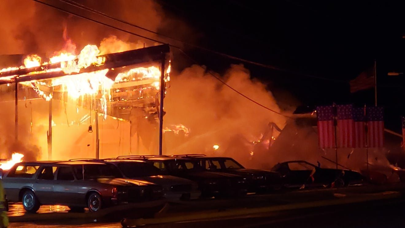 "<img src=""hbo-fire-1.jpg"" alt=""613 Automotive Group fire"">"