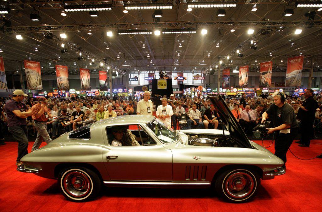 """<img src=""""1966-corvette.jpg"""" alt=""""1966 Chevrolet Corvette"""">"""