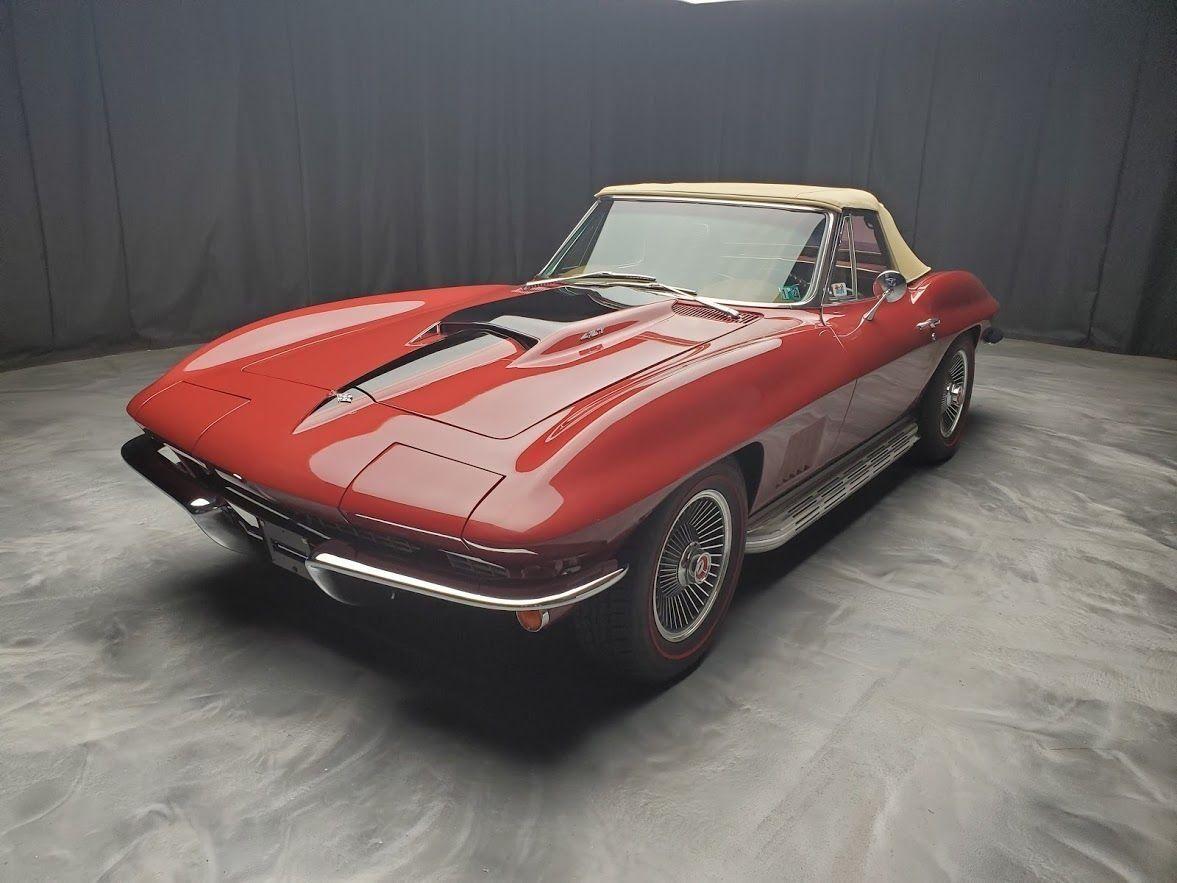 "<img src=""1967-corvette.jpeg"" alt=""Professionally restored 1967 Chevrolet Corvette Sting Ray"">"