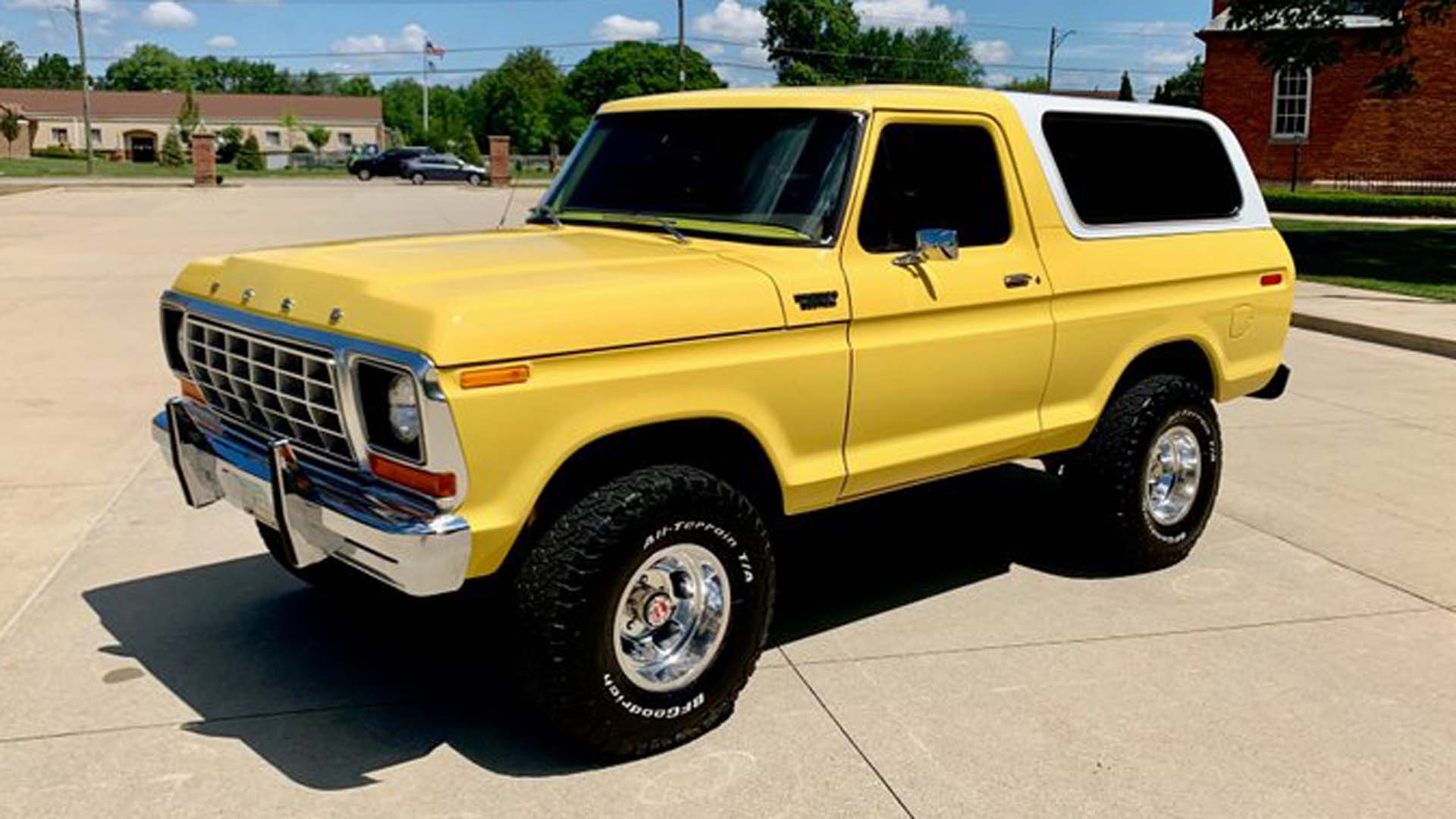 Catch Bronco Fever With This Restored 1978 Ford Bronco