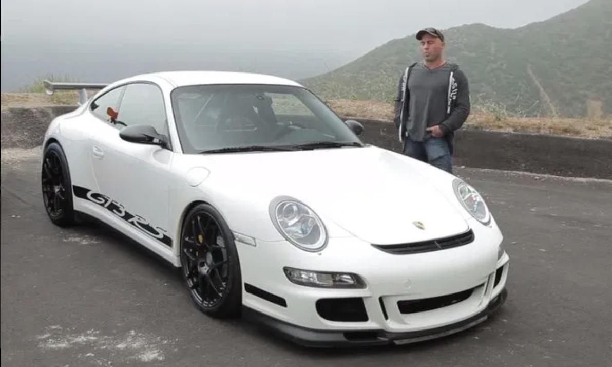 """<img src=""""joe-porsche.png"""" alt=""""Porsche 911 GT3 RS"""">"""