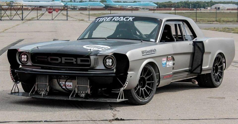 "<img src=""1965-mustang-xcross.jpg"" alt=""An insane 1965 Ford Mustang built for autocross"">"