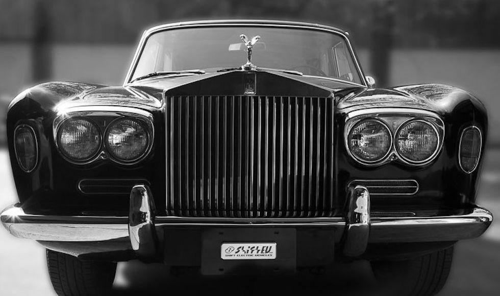 "<img src=""1970-rolls-royce.jpg"" alt=""Johnny Cash's 1970 Rolls Royce is now Tesla-powered"">"