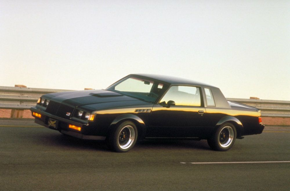 """<img src=""""buick-grand-national.jpg"""" alt=""""Buick Grand National on the track"""">"""