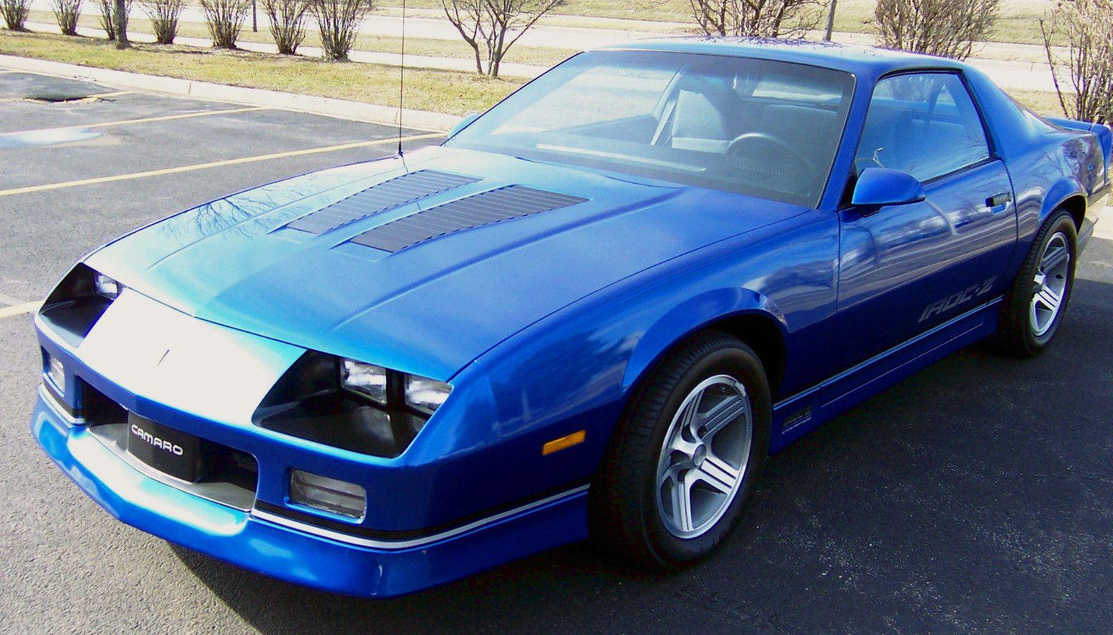"<img src=""2020-camaro-irocz.jpg"" alt=""1985 Chevrolet Camaro IROC-Z"">"