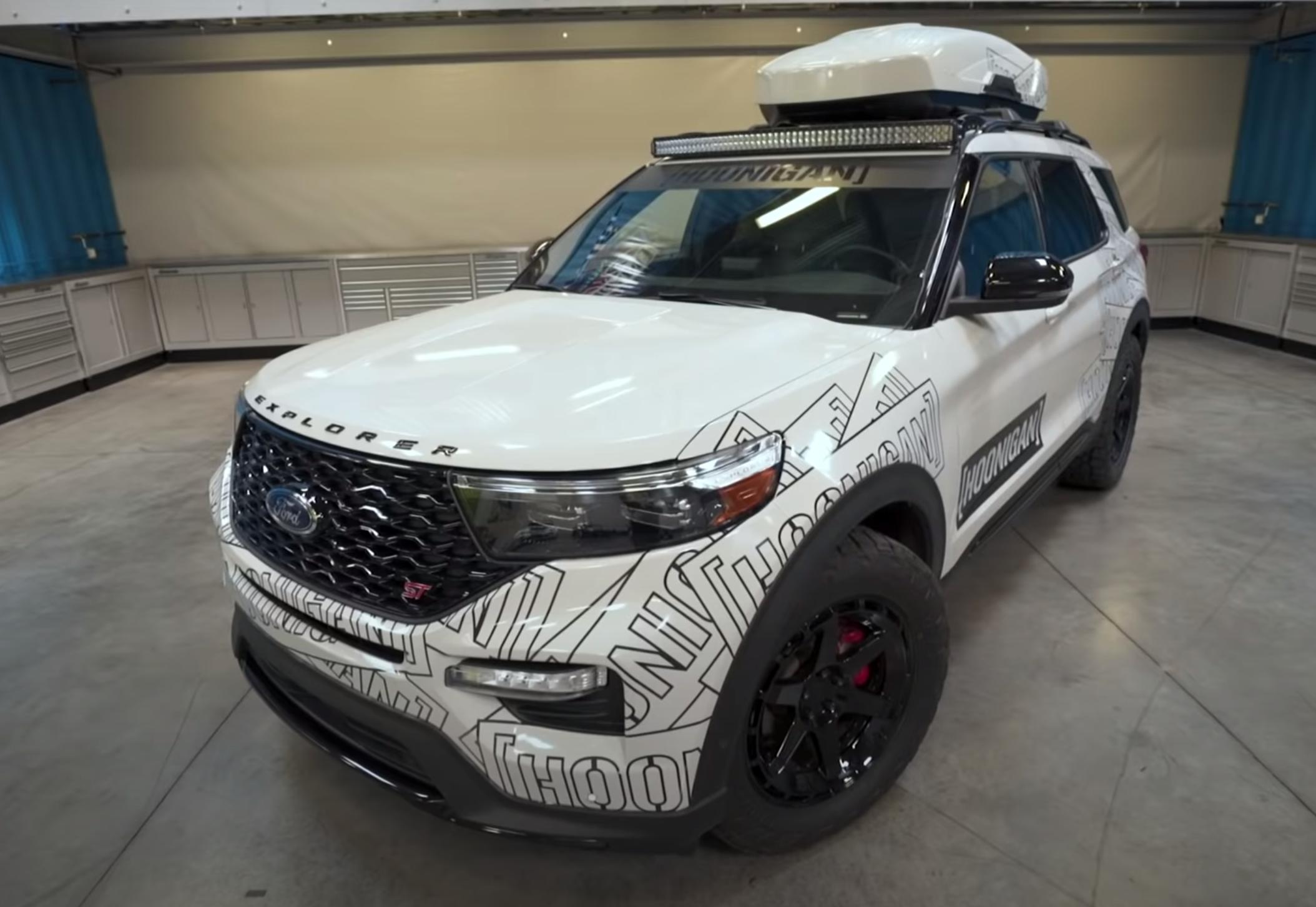 """<img src=""""2020-explorer-st.png"""" alt=""""2020 Ford Explorer ST"""">"""