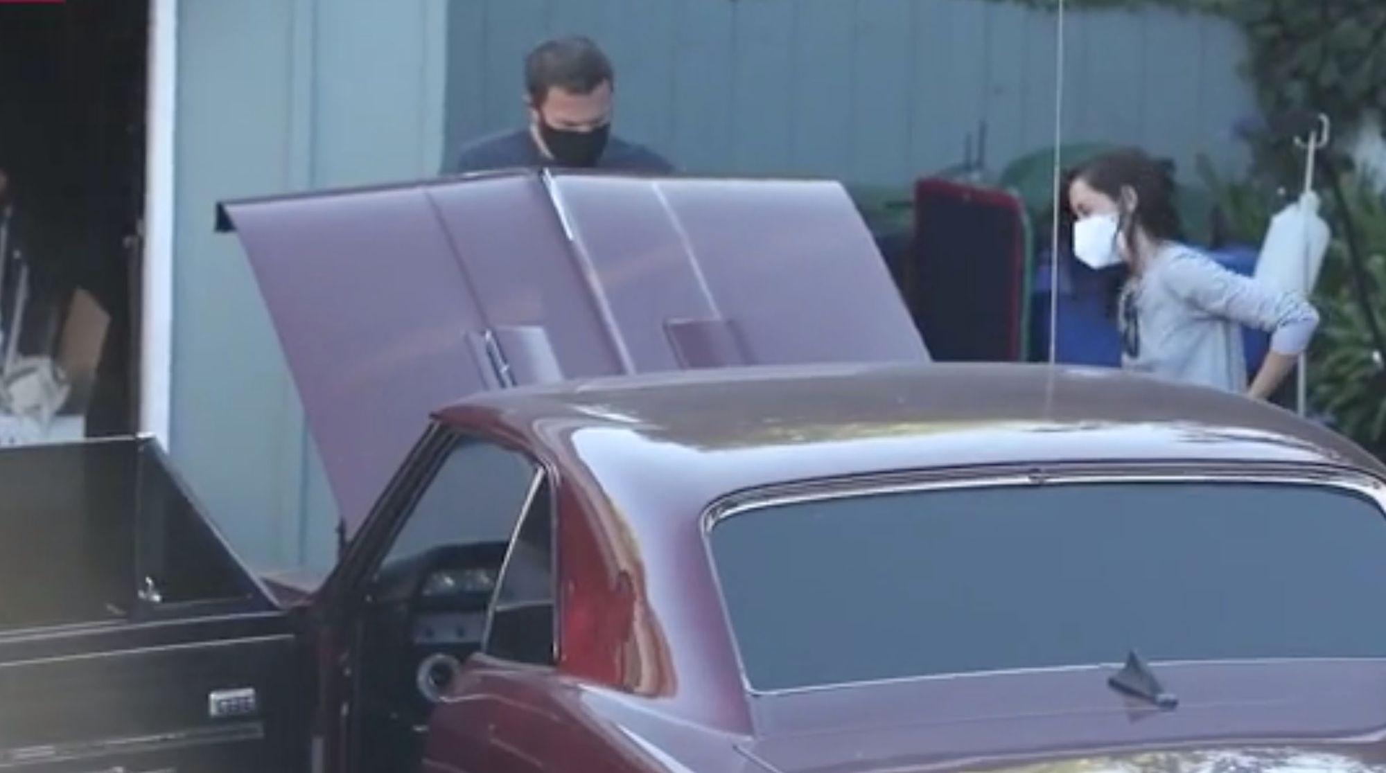 """<img src=""""ben-affleck.jpg"""" alt=""""Ben Affleck's 1966 Chevy Chevelle SS needed a jumpstart"""">"""