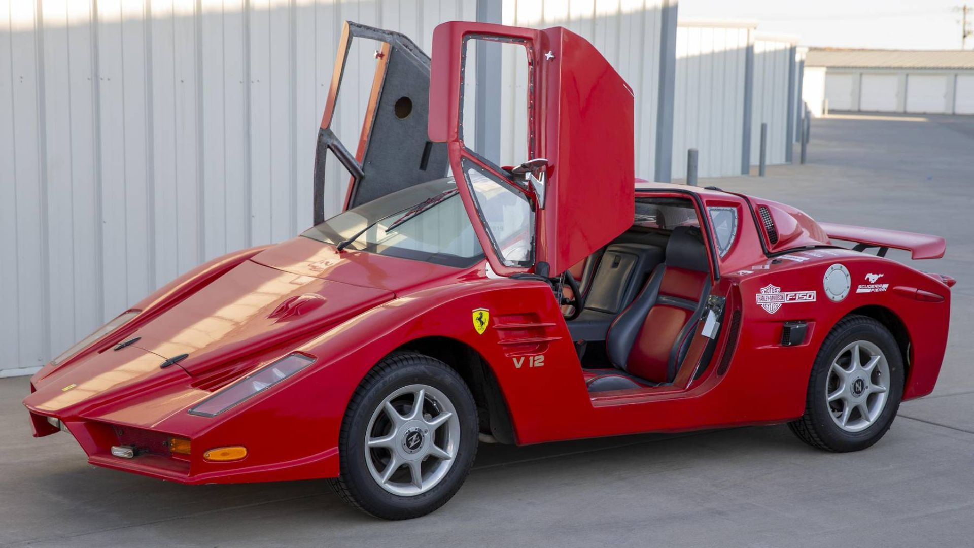 1986 Pontiac Fiero Gives You That Ferrari Enzo Look