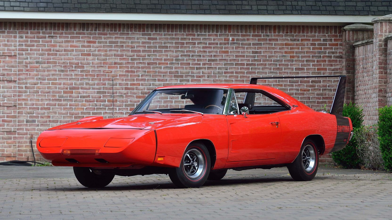 """<img src=""""charger-daytona.jpeg"""" alt=""""1969 Dodge Charger Daytona"""">"""
