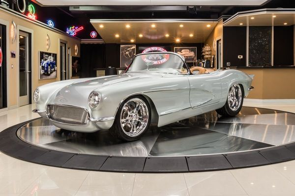 One-Off 1962 Chevrolet Corvette Restomod Is A Show Stopper