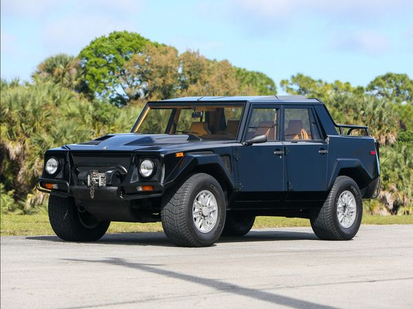 Low-Mileage 1992 Lamborghini LM002 Is An Exotic Time Capsule