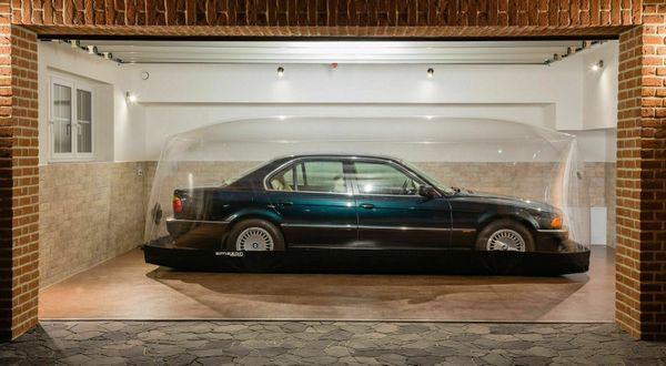 Bubble-Protected 1998 BMW 740i With 158 Miles Listed On German eBay