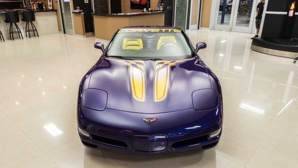 Set The Pace With This Indy 500 C5 Corvette