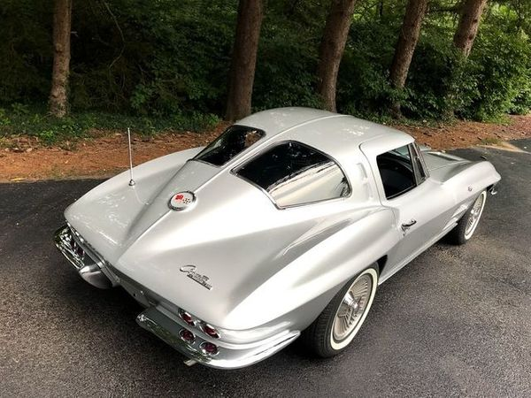 Slide Into This Numbers-Matching Split-Window Corvette