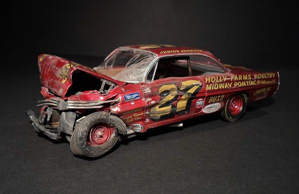 Custom Model Recreates Junior Johnson's 1961 Daytona Crash