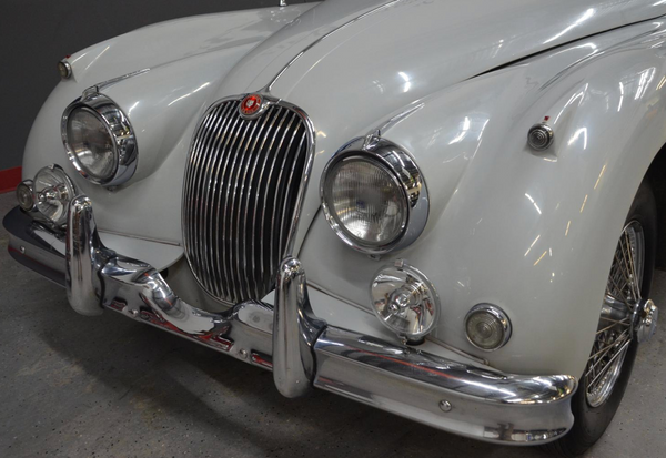 Forgo the Ferrari; Consider a Classic Jaguar