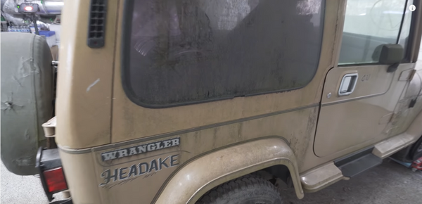 See A Jeep Wrangler YJ Get A Deep Cleaning