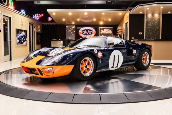Demand All The Attention In This 1965 Ford GT40 By Superformance