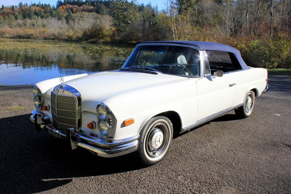 Roll Like Royalty In A 1966 Mercedes Benz 250 SE Cabriolet