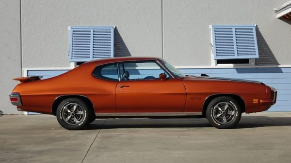 Fully Restored 1971 Pontiac GTO Seeks To Thrill