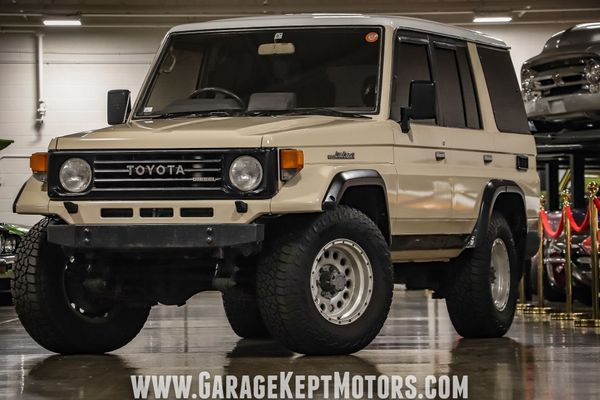 1992 Toyota Land Cruiser Is A JDM Off-Roader