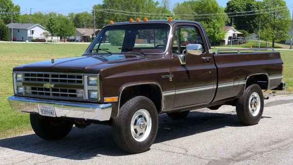 Bidding War Erupts Over Low-Mile 1985 Chevy Square Body