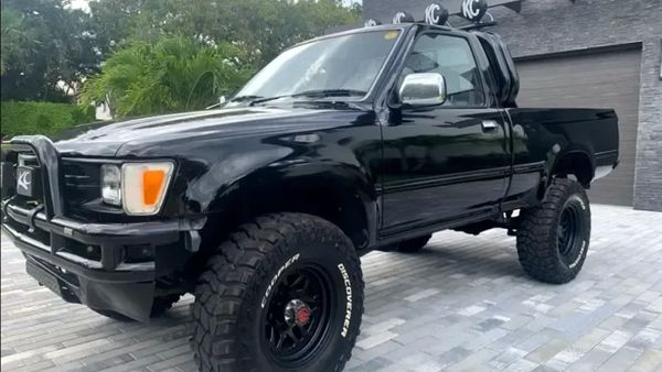 Own A Legally-Imported 1992 Toyota Hilux Pickup