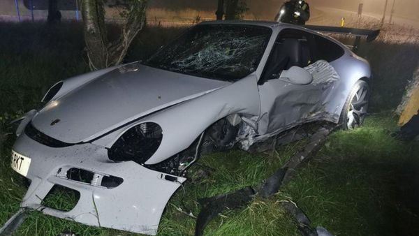 Teen Steals And Crashes Porsche 911 GT3