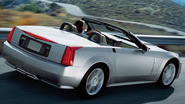 Cadillac XLR: The Turnaround Sports Car