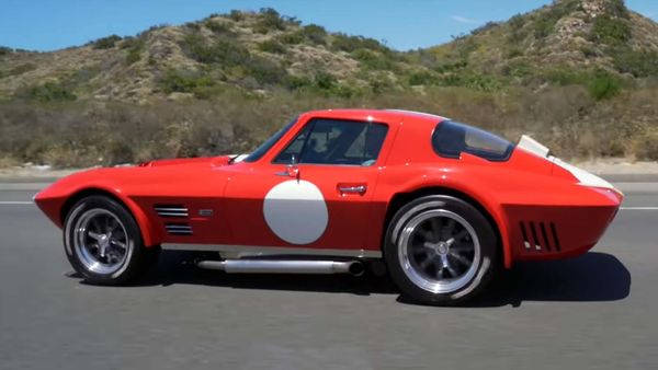 1963 Chevrolet Corvette Grand Sport Rocks A 750-HP Lingenfelter V8